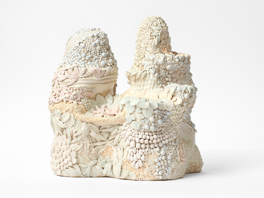 Angelika Arendt, ceramic, 28 x 30 x 22 cm