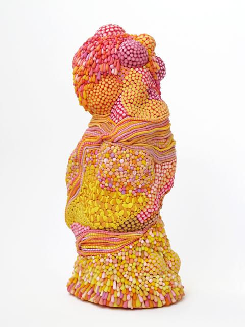 Angelika Arendt, plastic modelling clay, porcelain, 23 x 10 x 9 cm